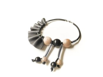 drvena-ogrlica-1