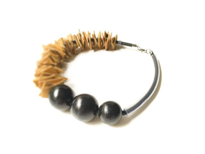 drvena-ogrlica-3