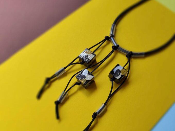 drvena-ogrlica-14-f