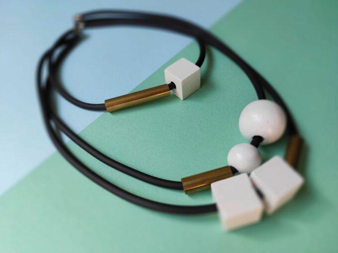 drvena-ogrlica-17-d